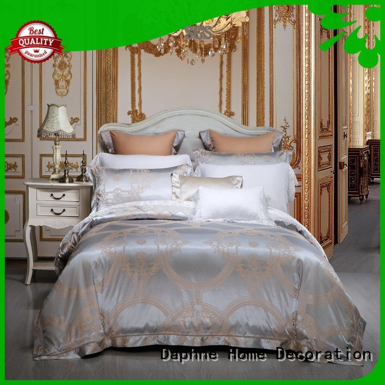 beds and Daphne jacquard duvet cover king