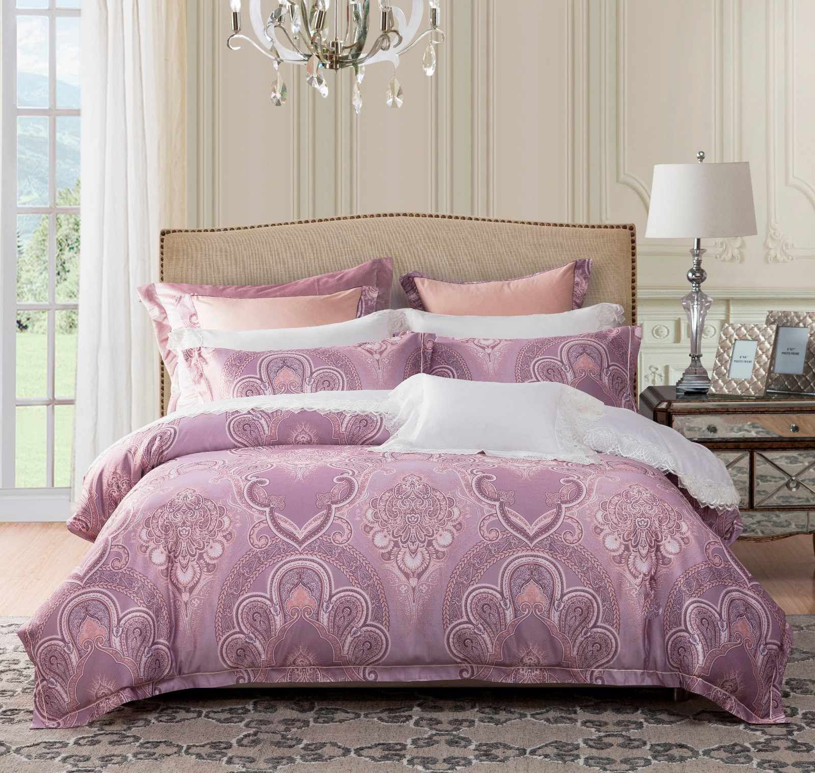 Jacquard Polyester and rayon Elegant Bed Linen   #6859