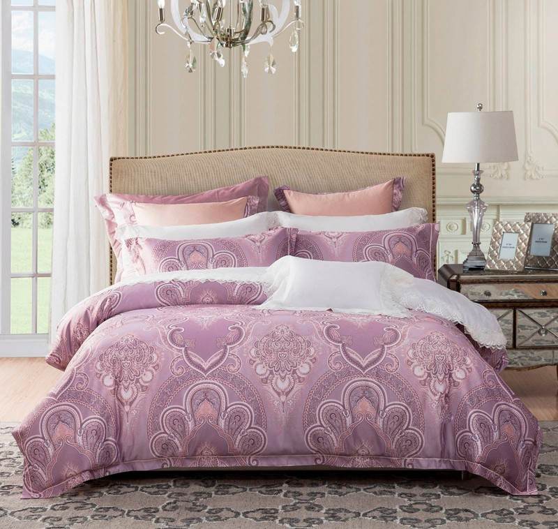Jacquard Polyester and rayon Elegant Bed Linen  6859
