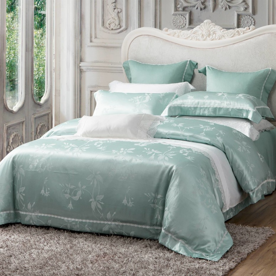 Floral Jacquard Pattern Polyester & Viscose Bedding Set 6983